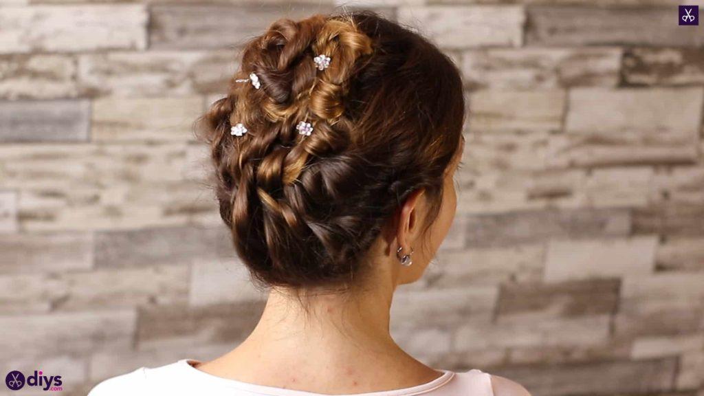 Wedding bun for bridesmaids 3