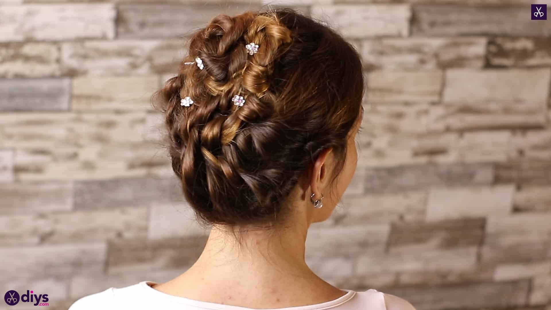 Wedding bun for bridesmaids 3