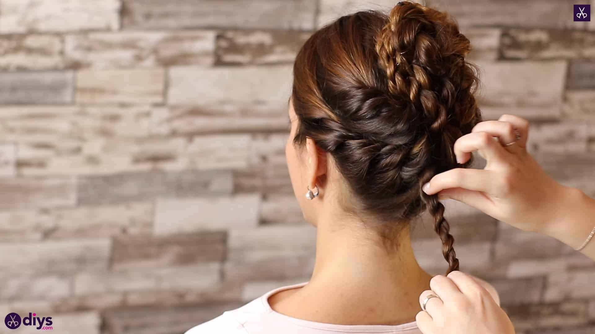 Wedding bun for bridesmaids39