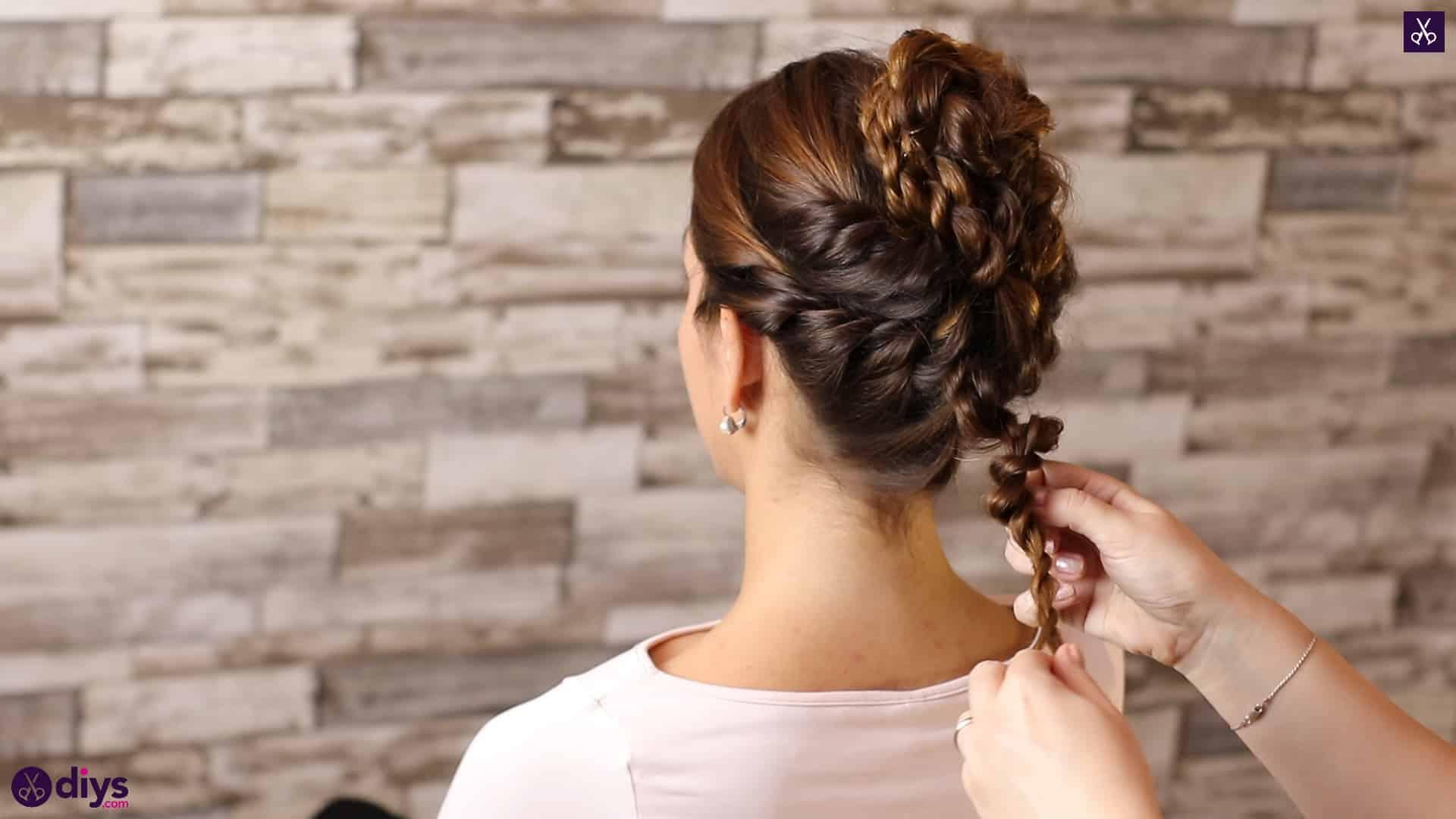 Wedding bun for bridesmaids41