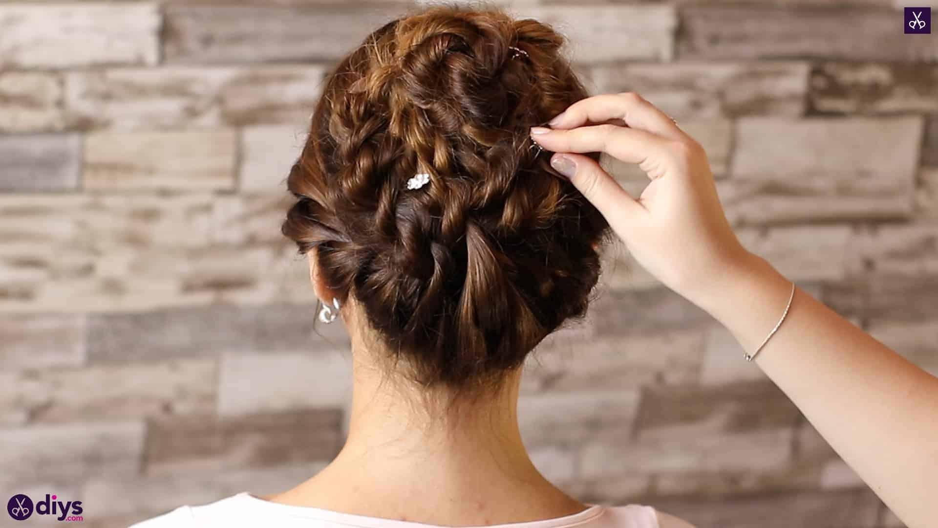Wedding bun for bridesmaids44