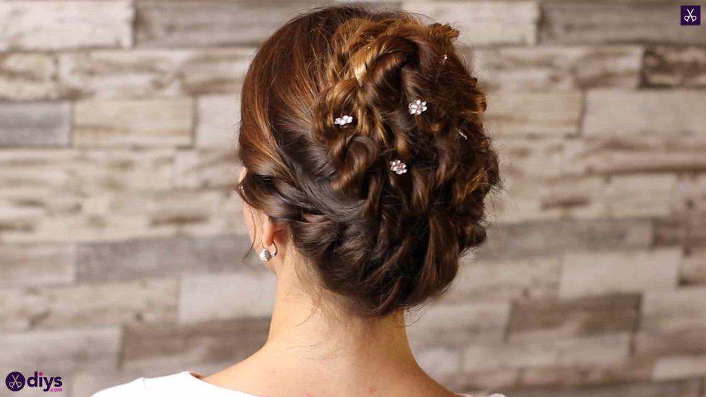 Wedding bun for bridesmaids48