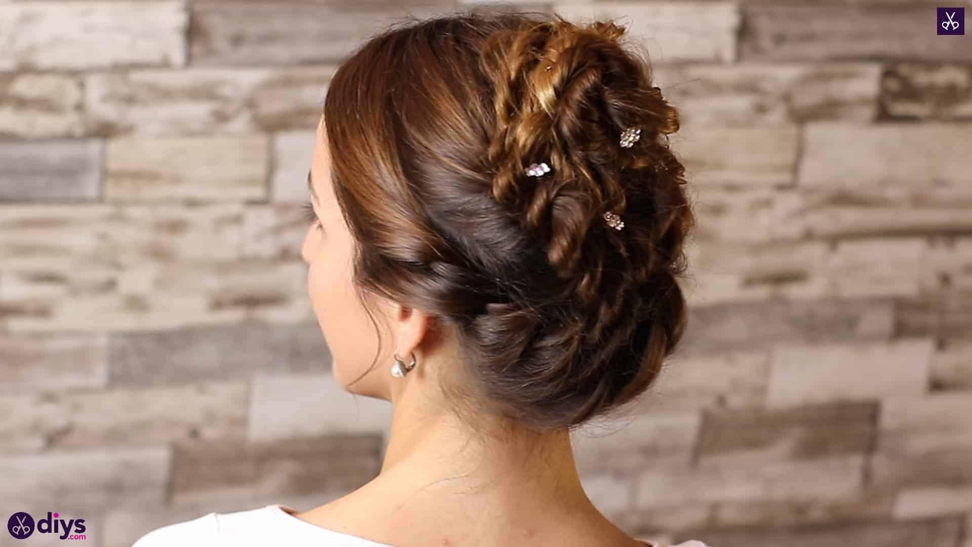 Wedding bun for bridesmaids5