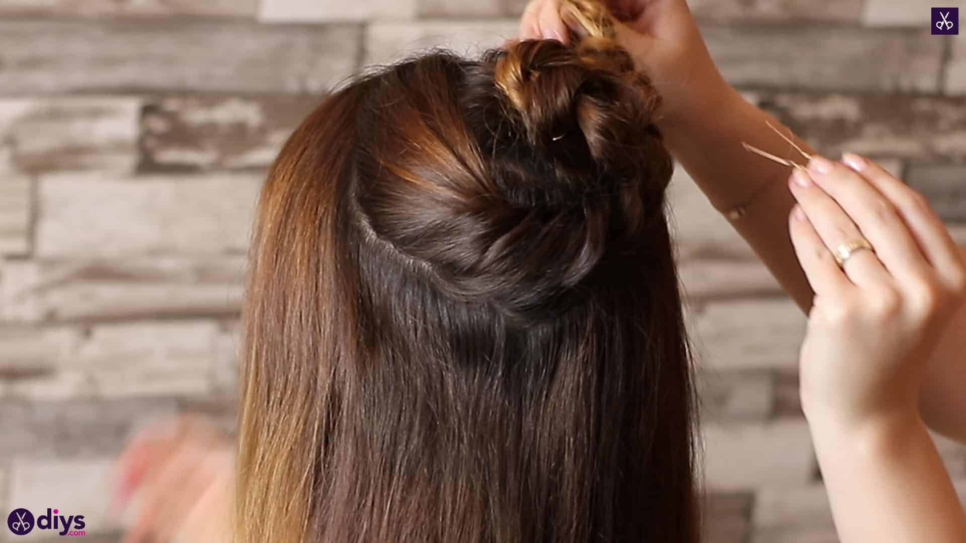 Wedding bun for bridesmaids6