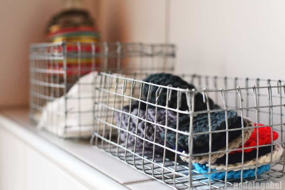 Simple wire baskets diy