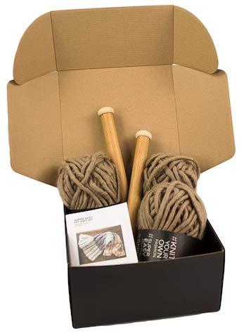 Chunky knit blanket diy kit and large yarn needle