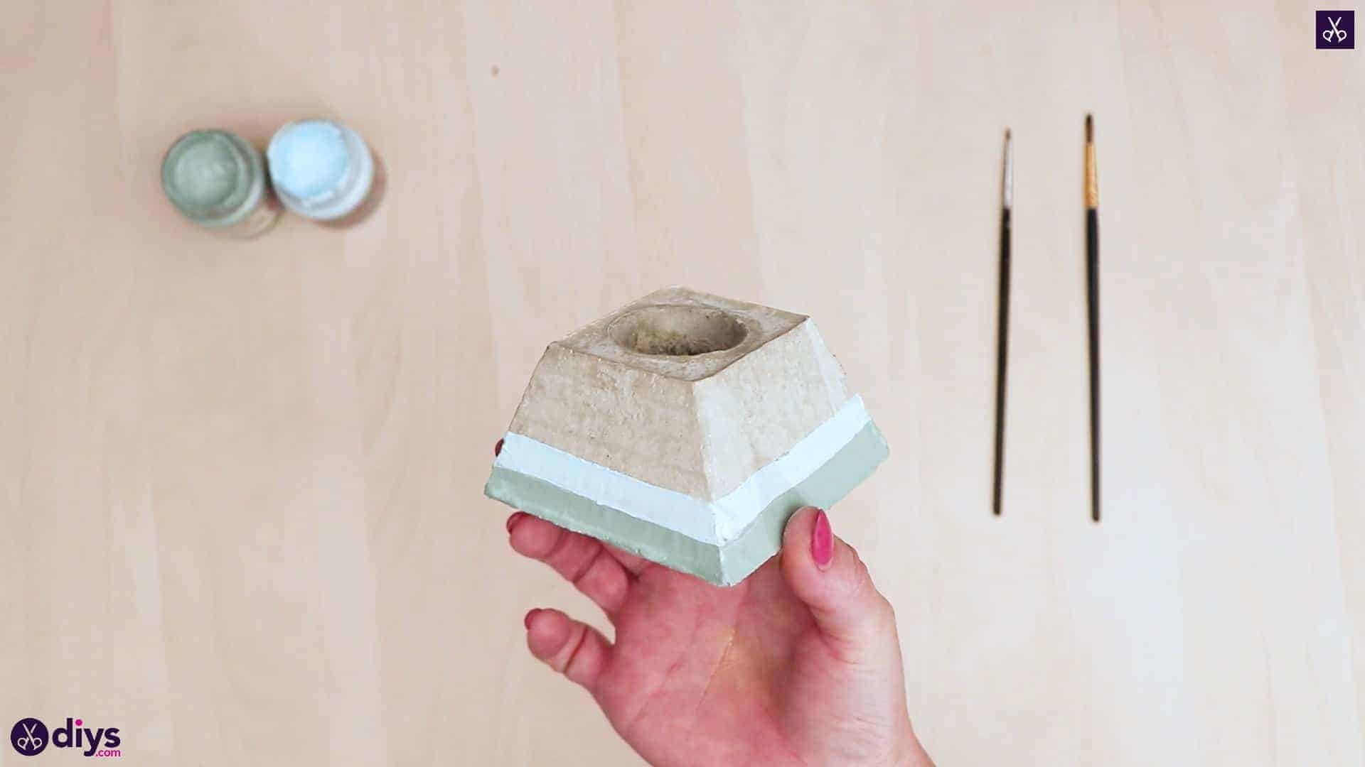 Concrete hair clip container