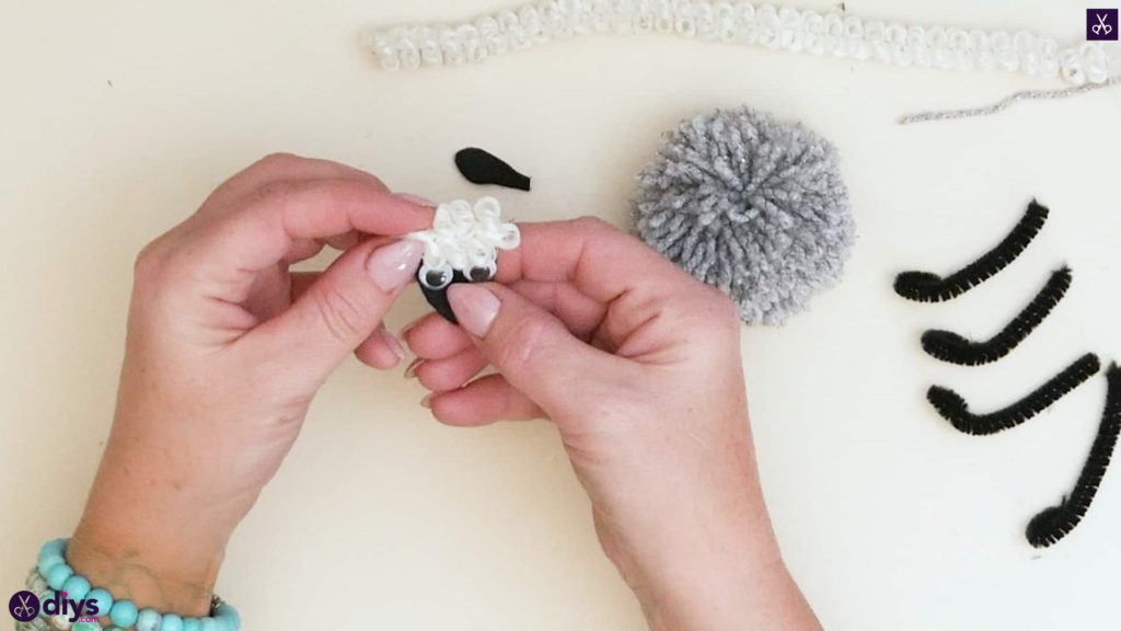 Diy funny pom pom sheep for kids step 5f