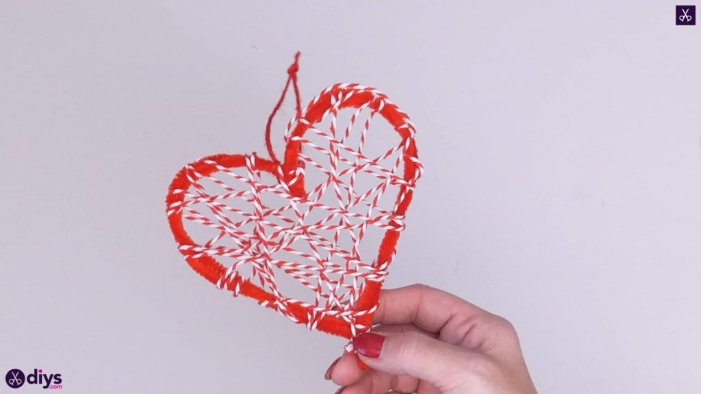 Diy hanging heart wall decor project