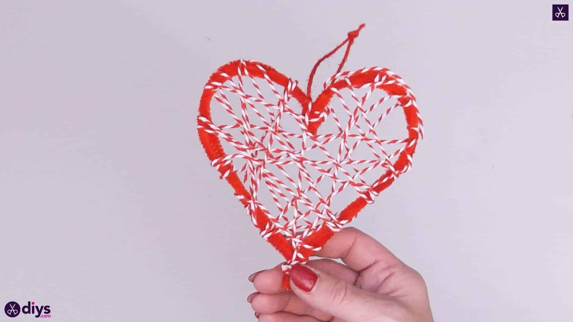 Diy hanging heart wall decor step 1