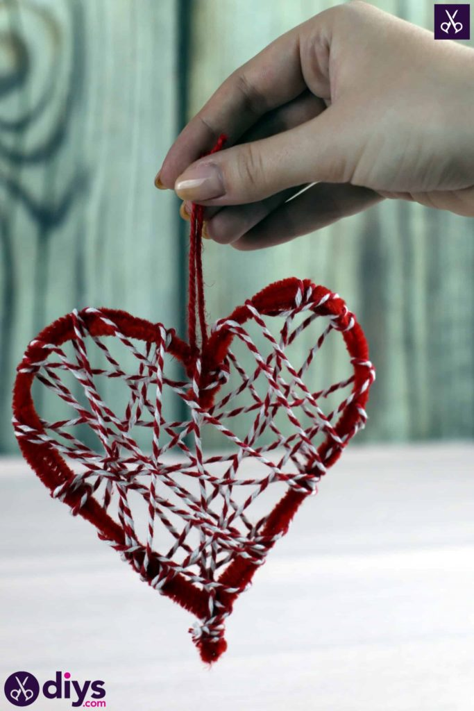 Diy hanging heart wall decor step 1a