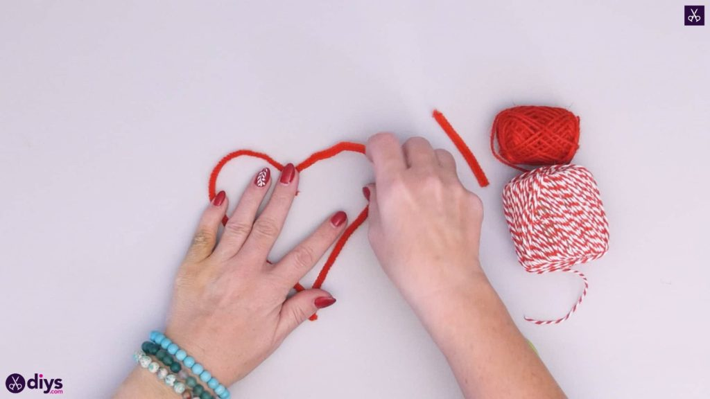 Diy hanging heart wall decor step 2f