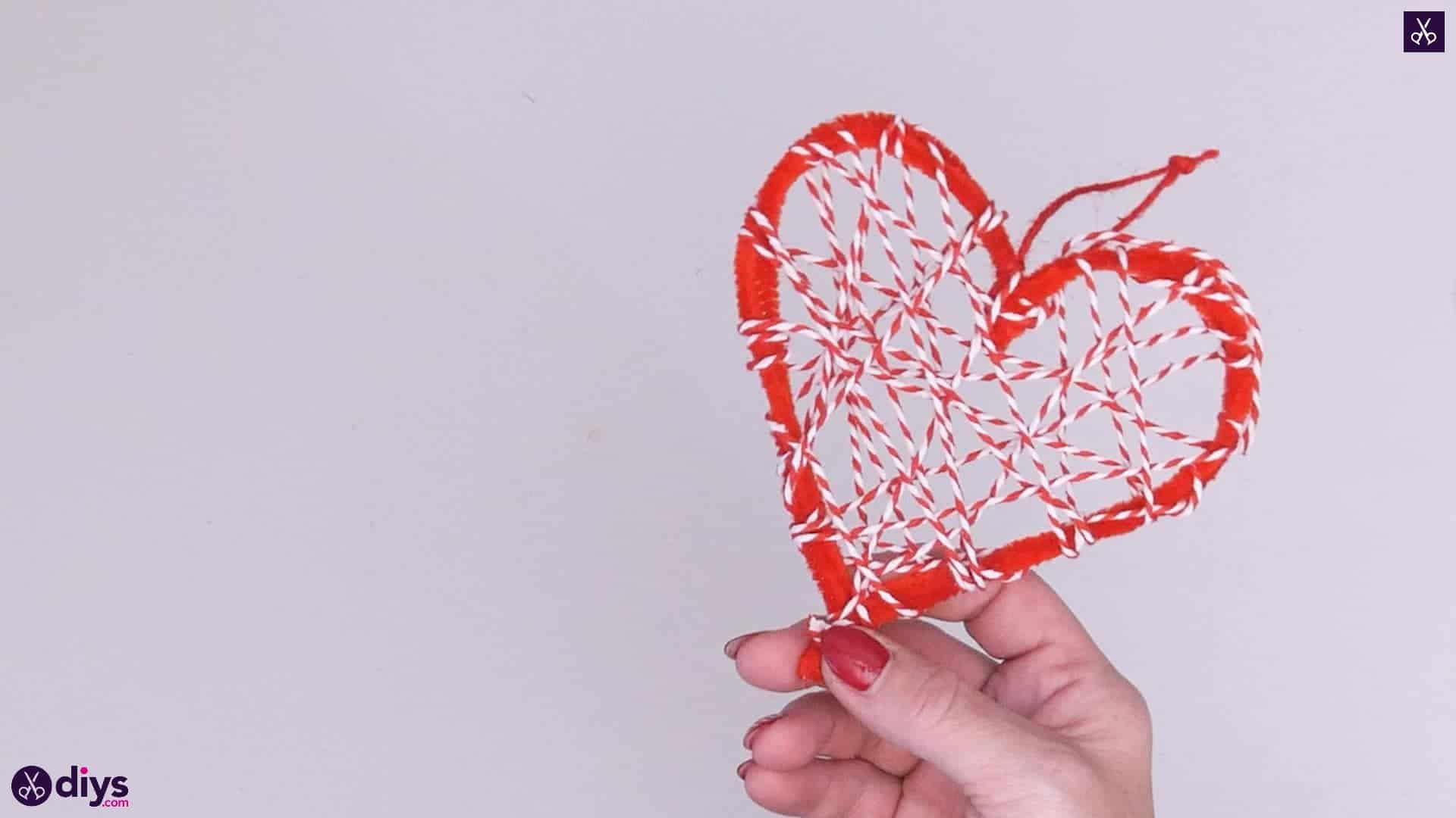 Diy hanging heart wall decor step 4i