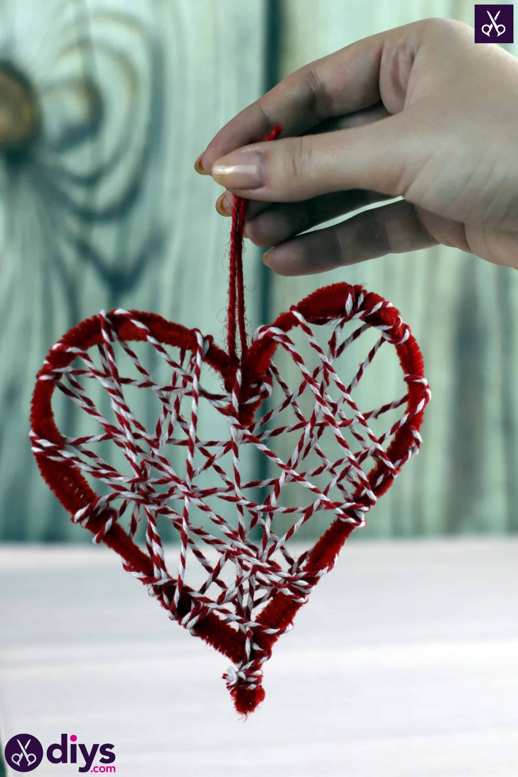 Diy hanging heart wall decor step 4j