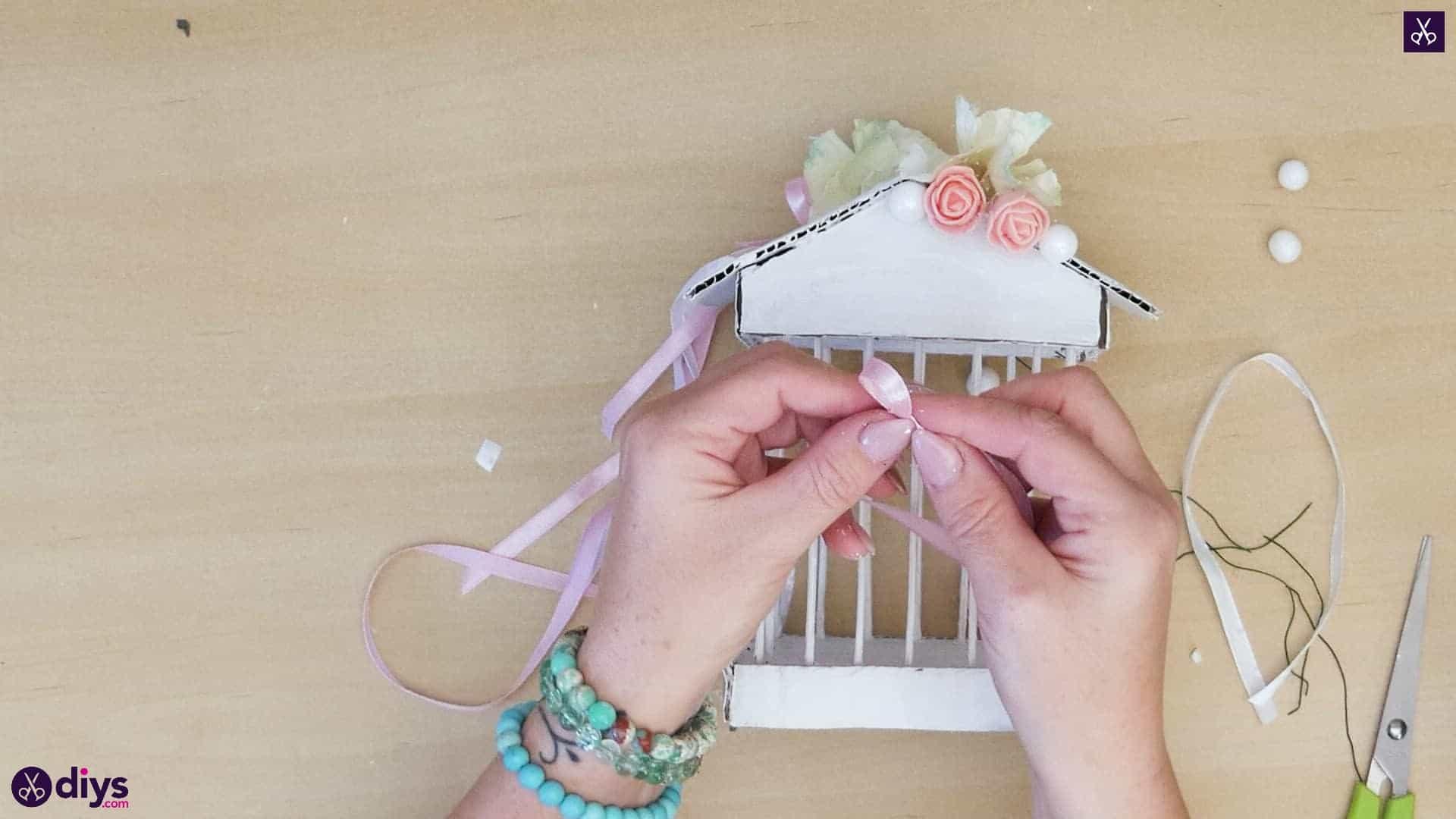 Diy miniature cage centerpiece step 10j