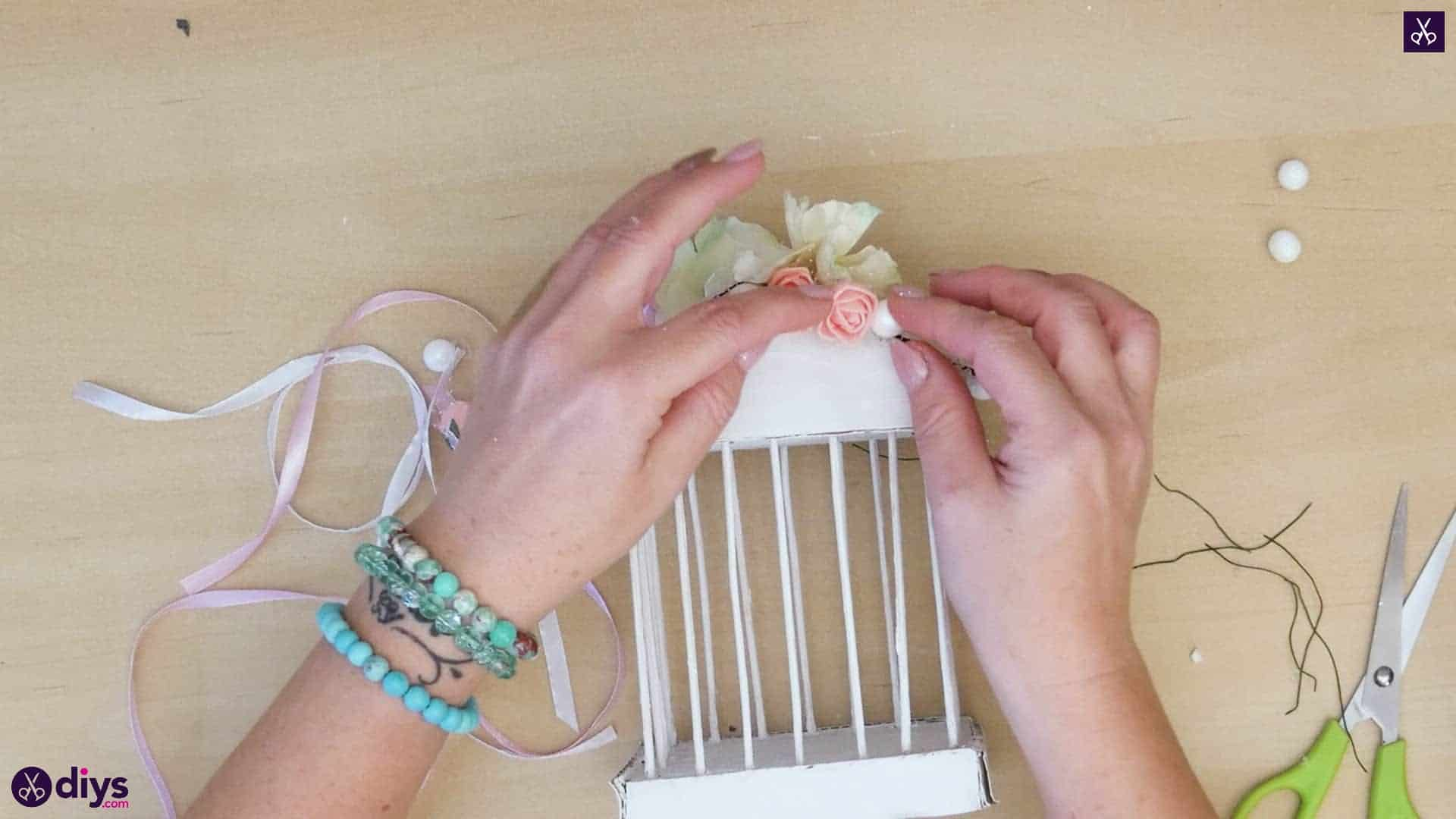 Diy miniature cage centerpiece step 10p