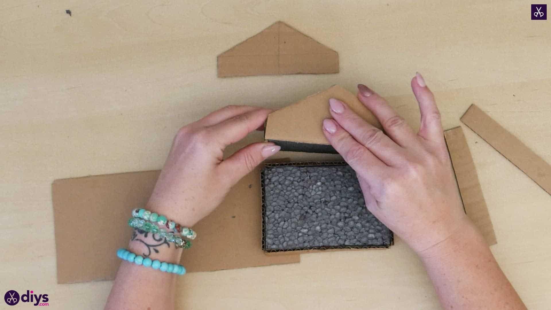 Diy miniature cage centerpiece step 5n