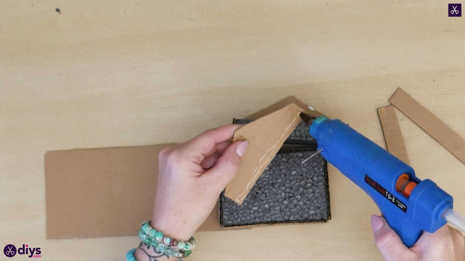 Diy miniature cage centerpiece step 5r