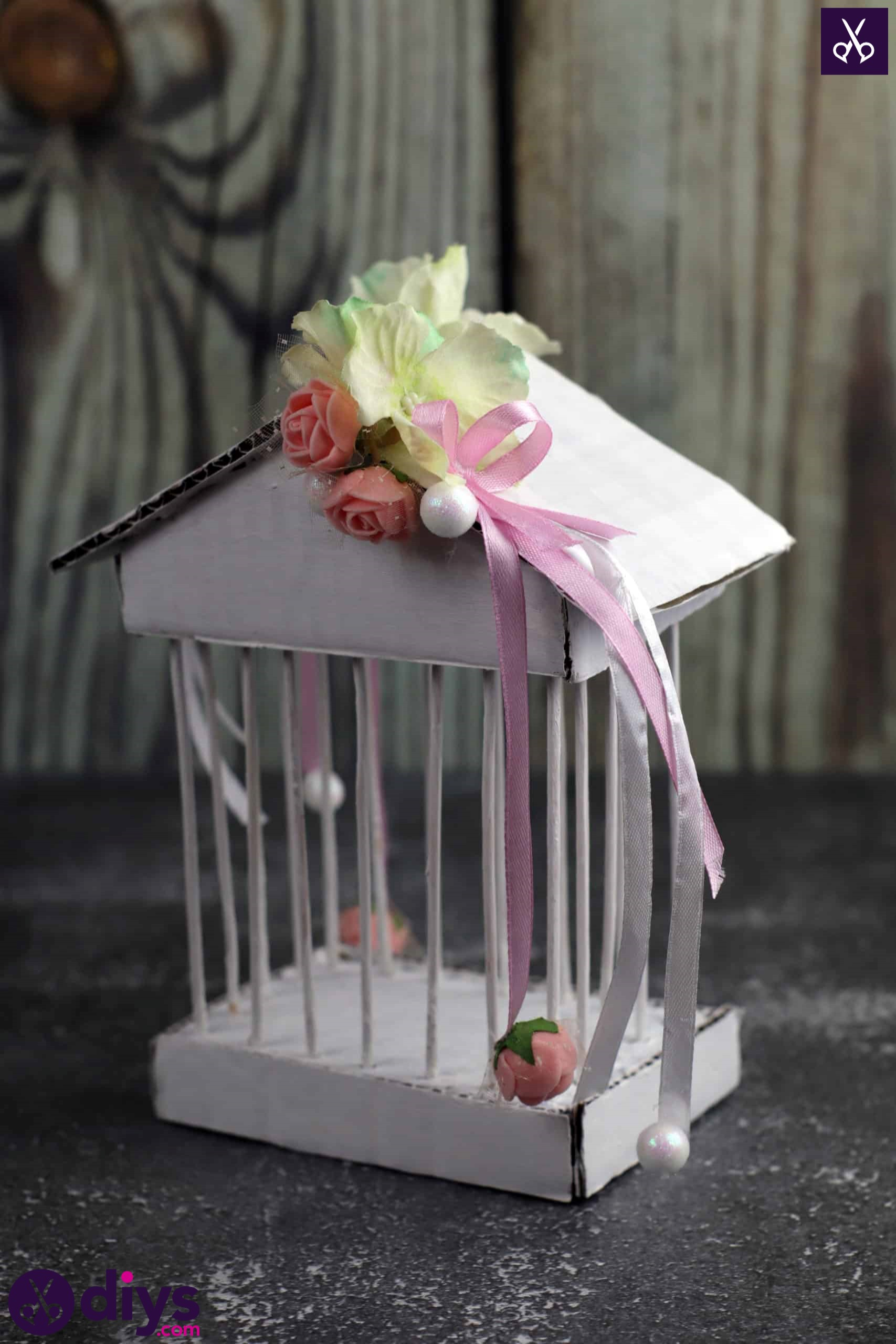 Diy miniature cage centerpiece top