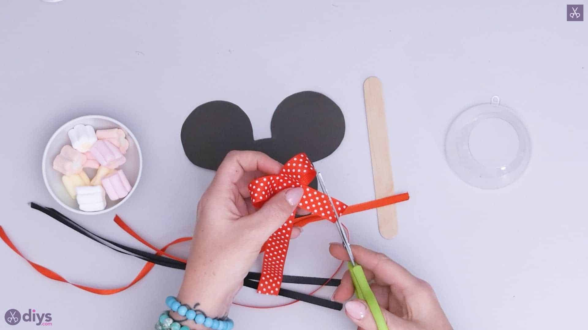 Diy minnie mouse candy holder step 3c