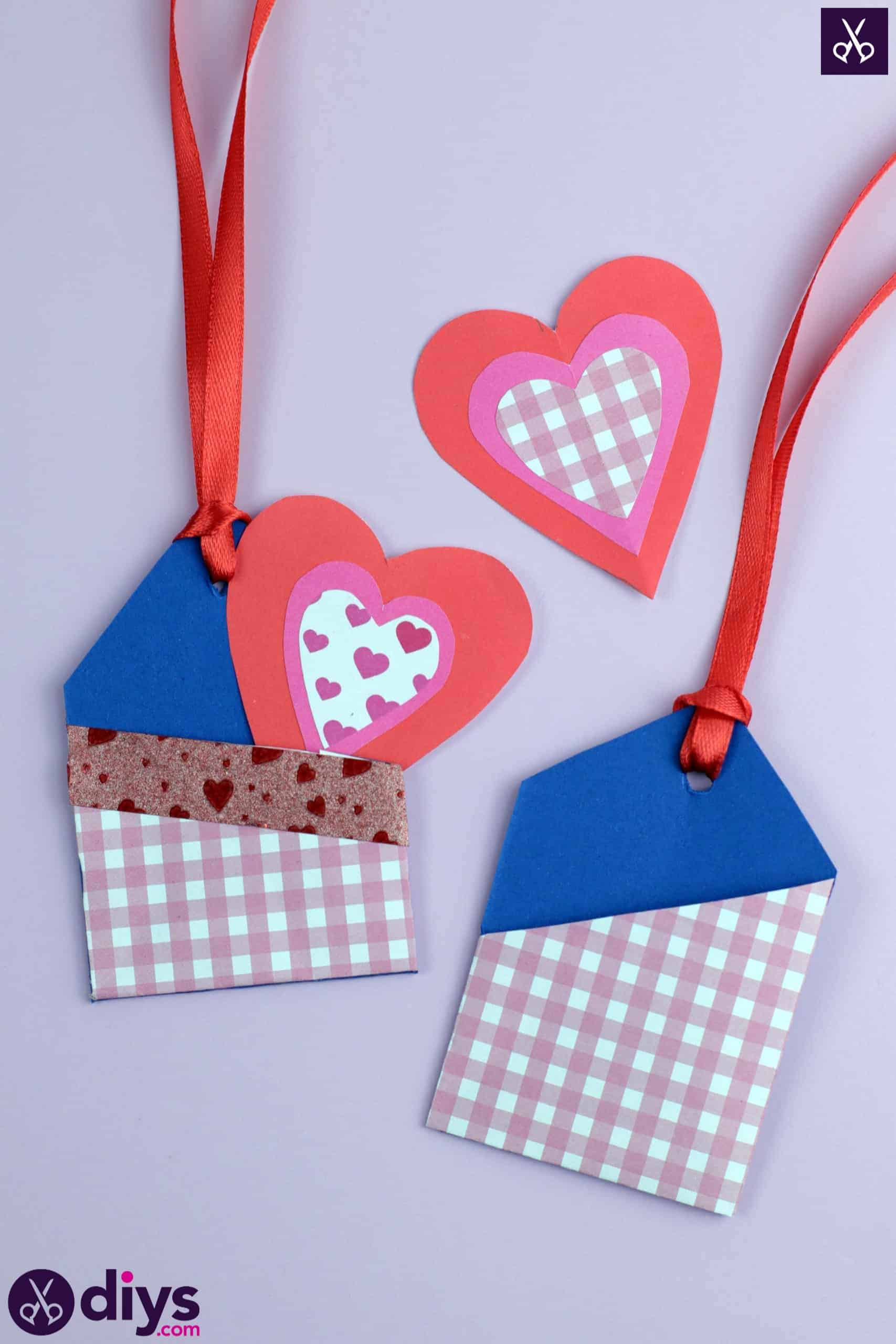 Diy pocketed gift tags paper craft