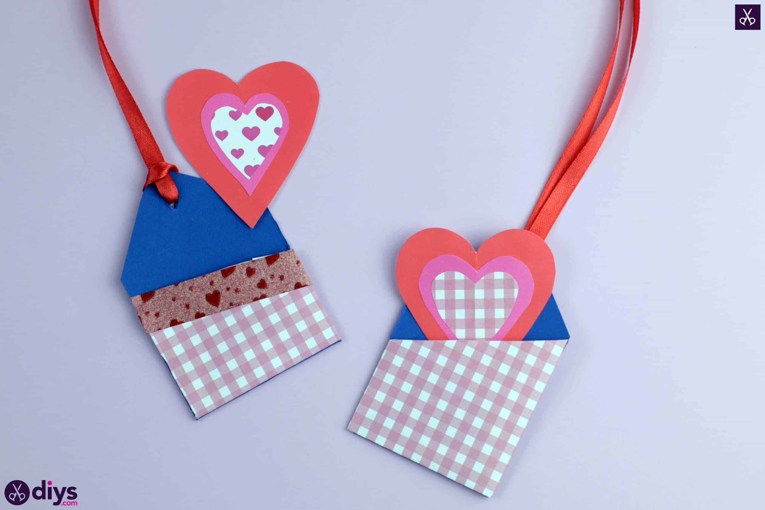 Diy pocketed gift tags project