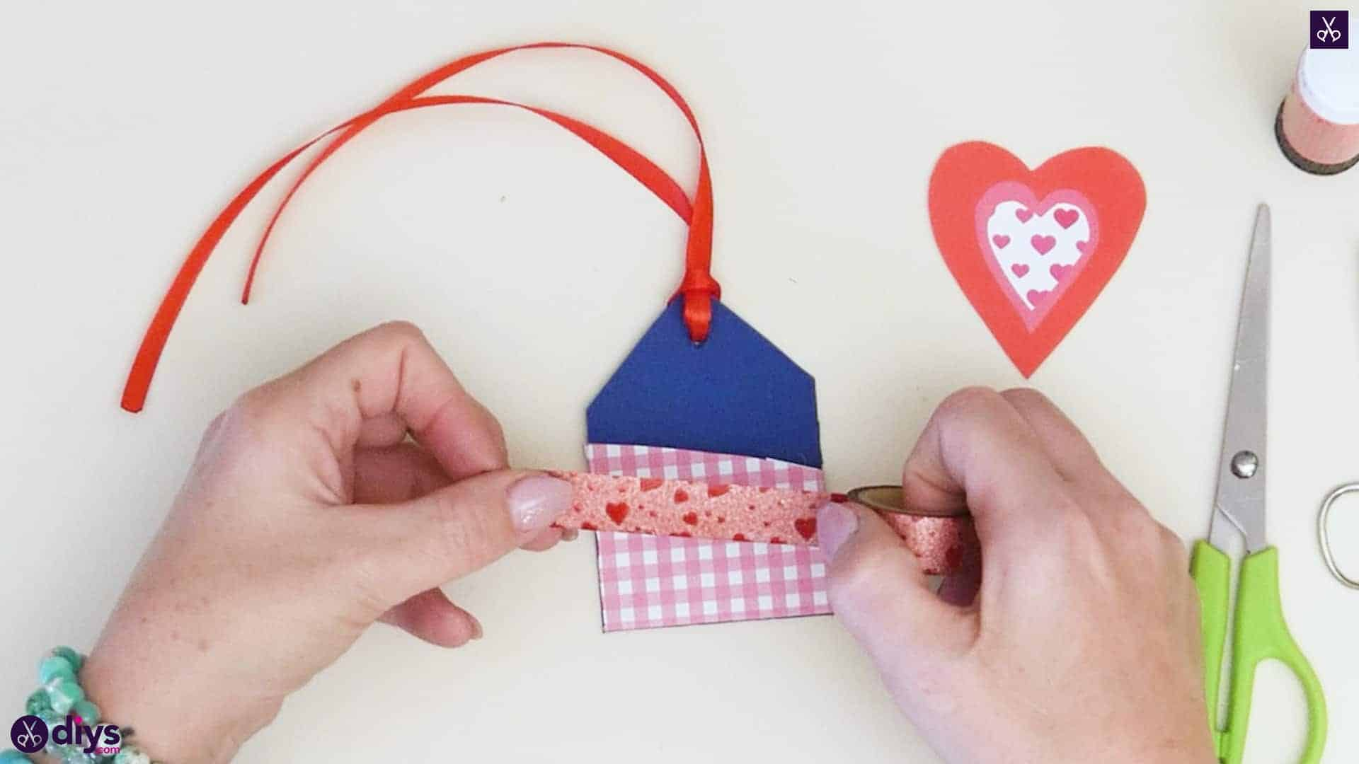 Diy pocketed gift tags step 9