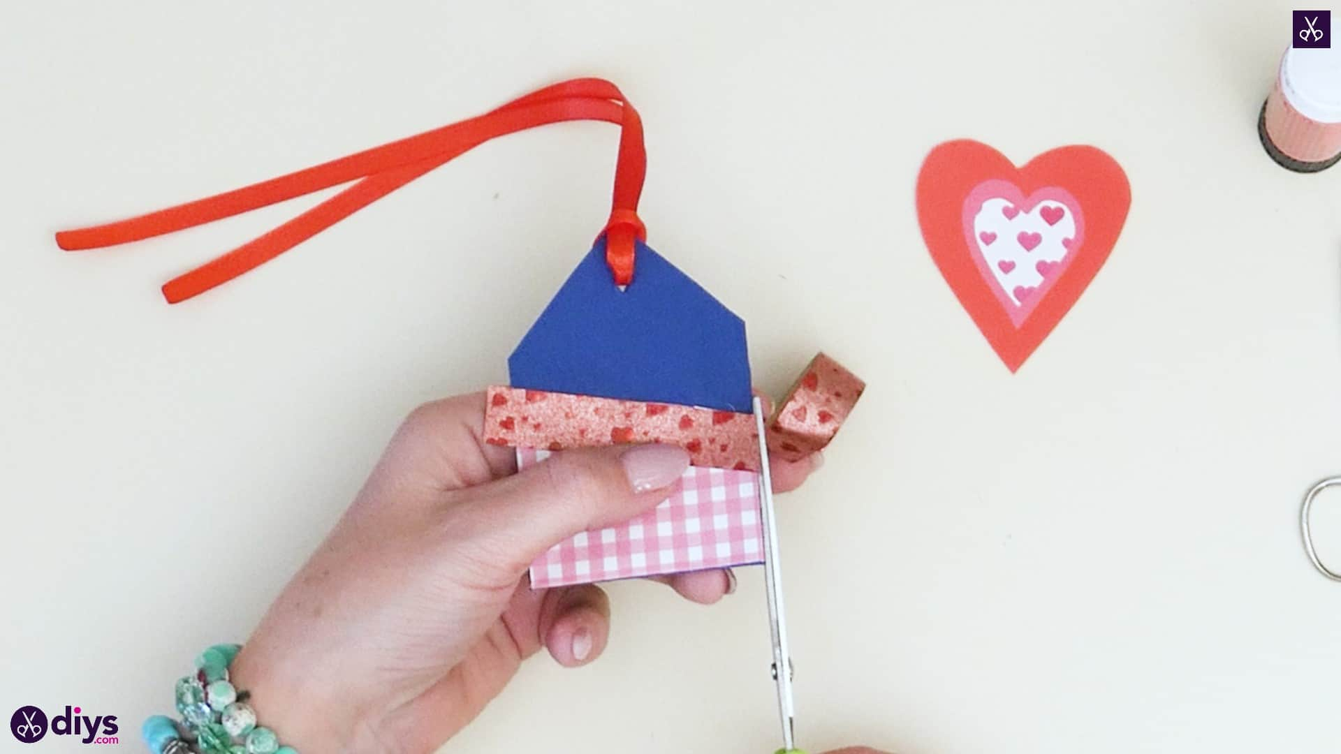 Diy pocketed gift tags step 9a