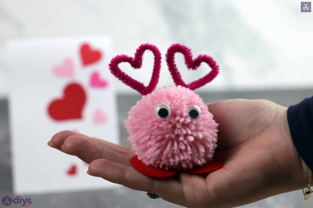 Diy pom pom love monster funny