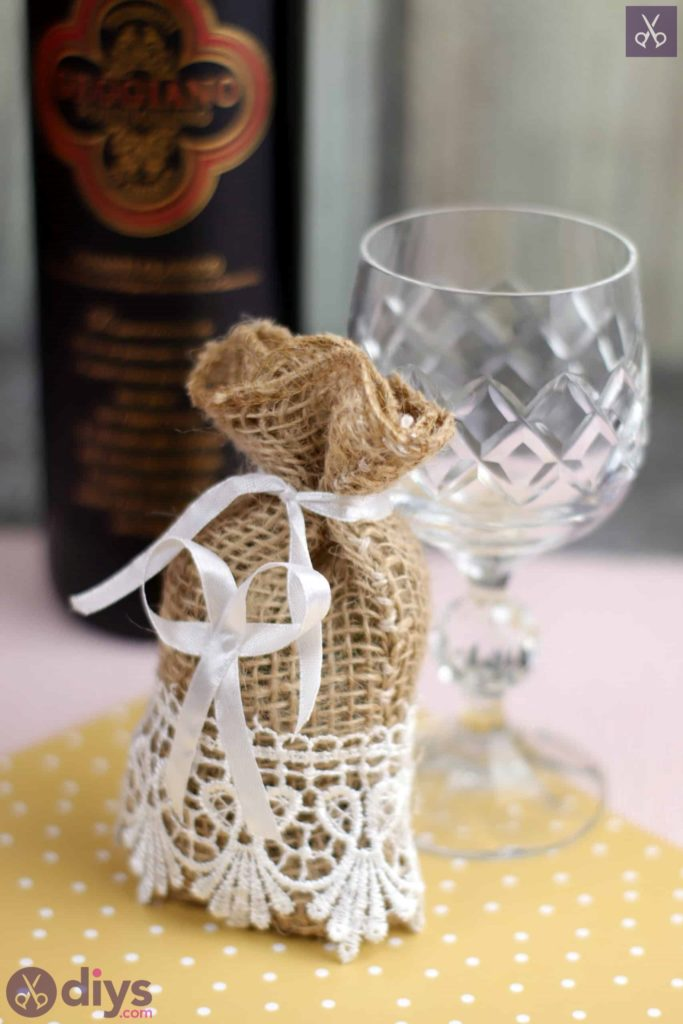 Diy rustic wedding favour bag project