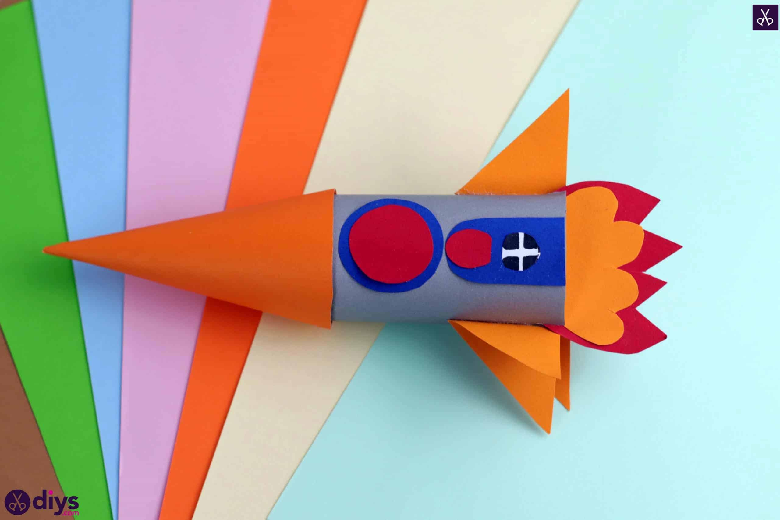 Diy toilet paper roll rocket paper craft