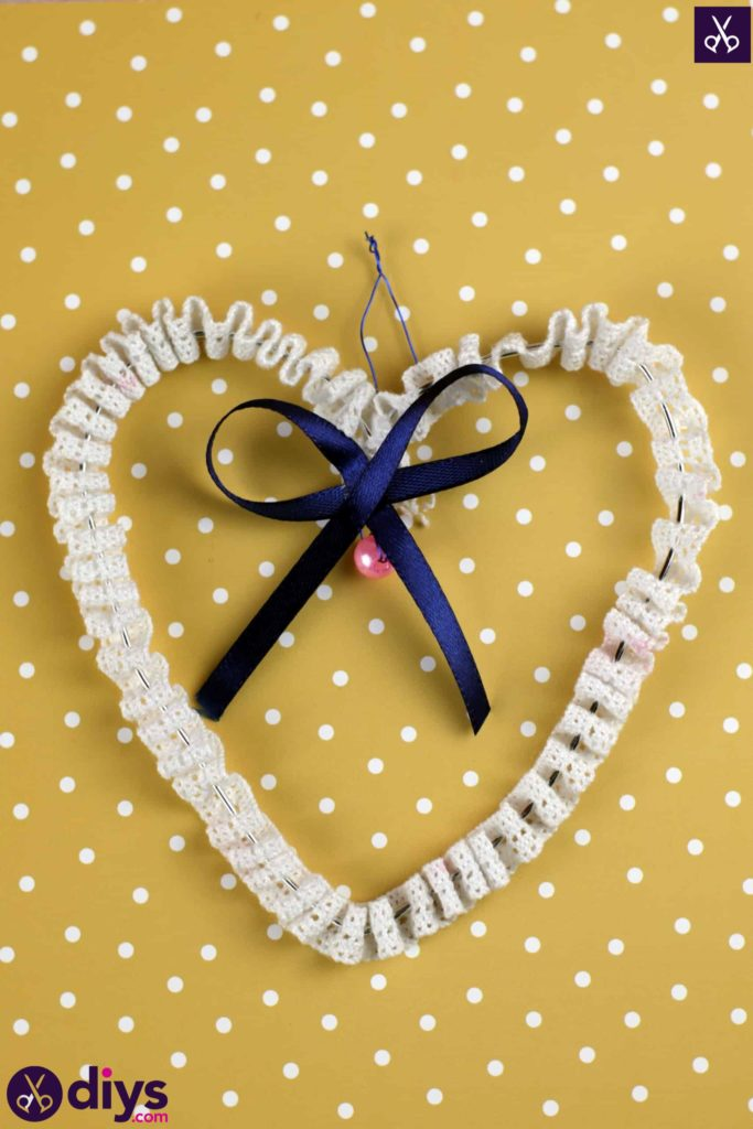 Diy wedding heart decor bow