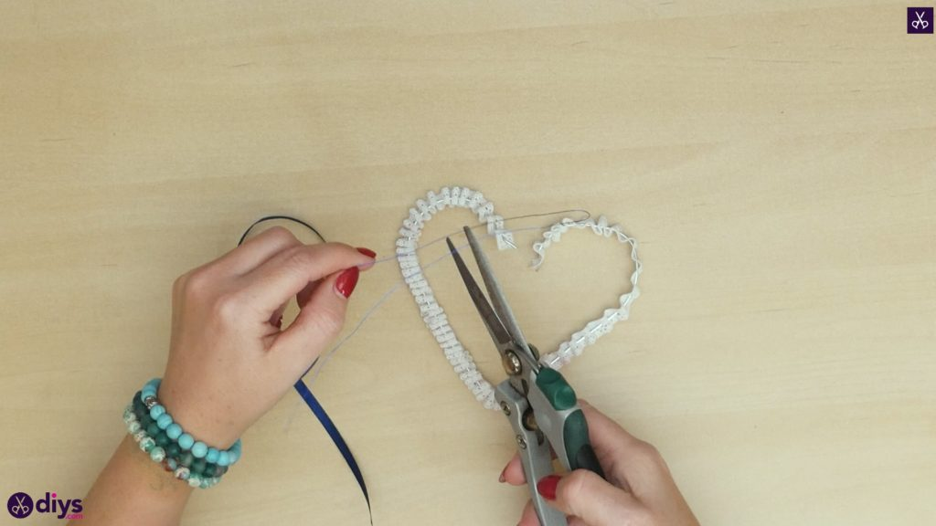 Diy wedding heart decor step 4
