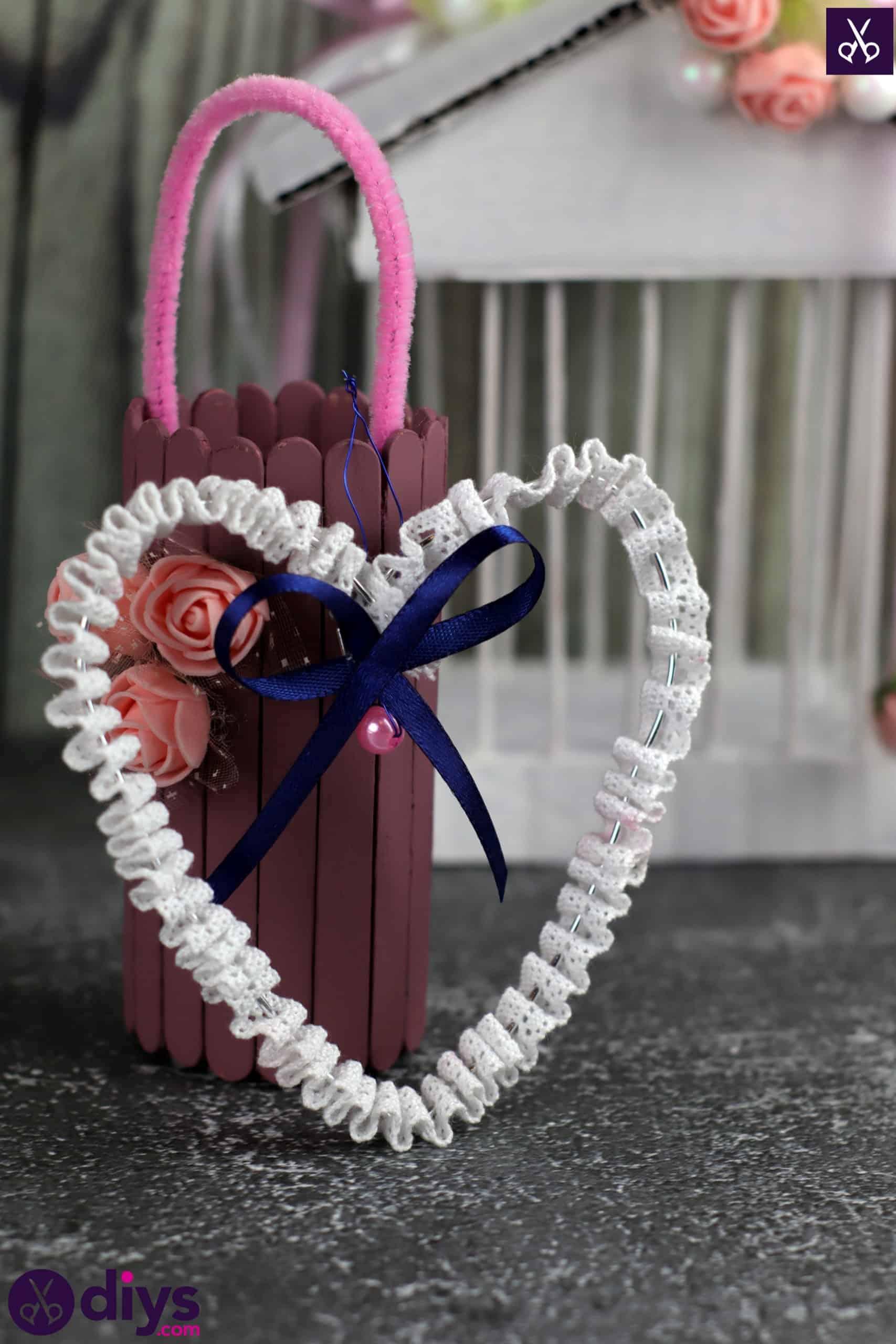 Diy wedding heart decor step 7 table decor