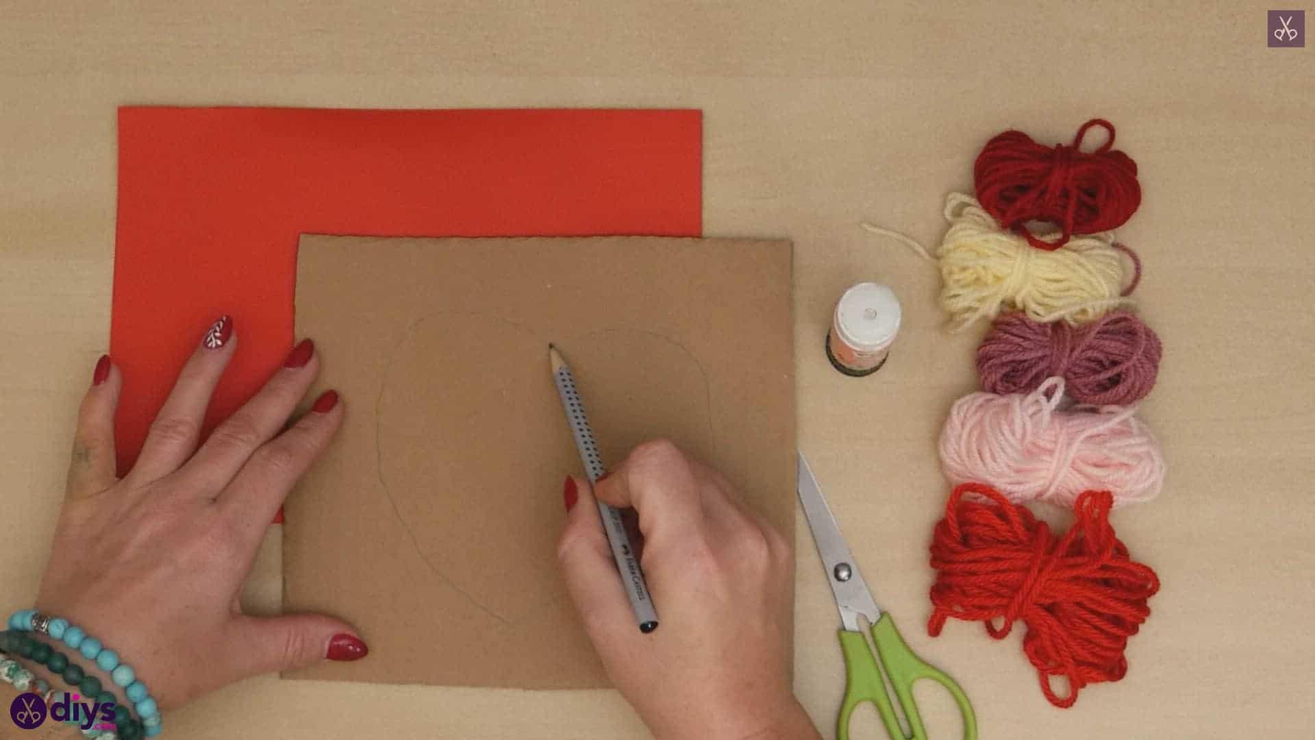 Diy yarn wrapped paper heart draw