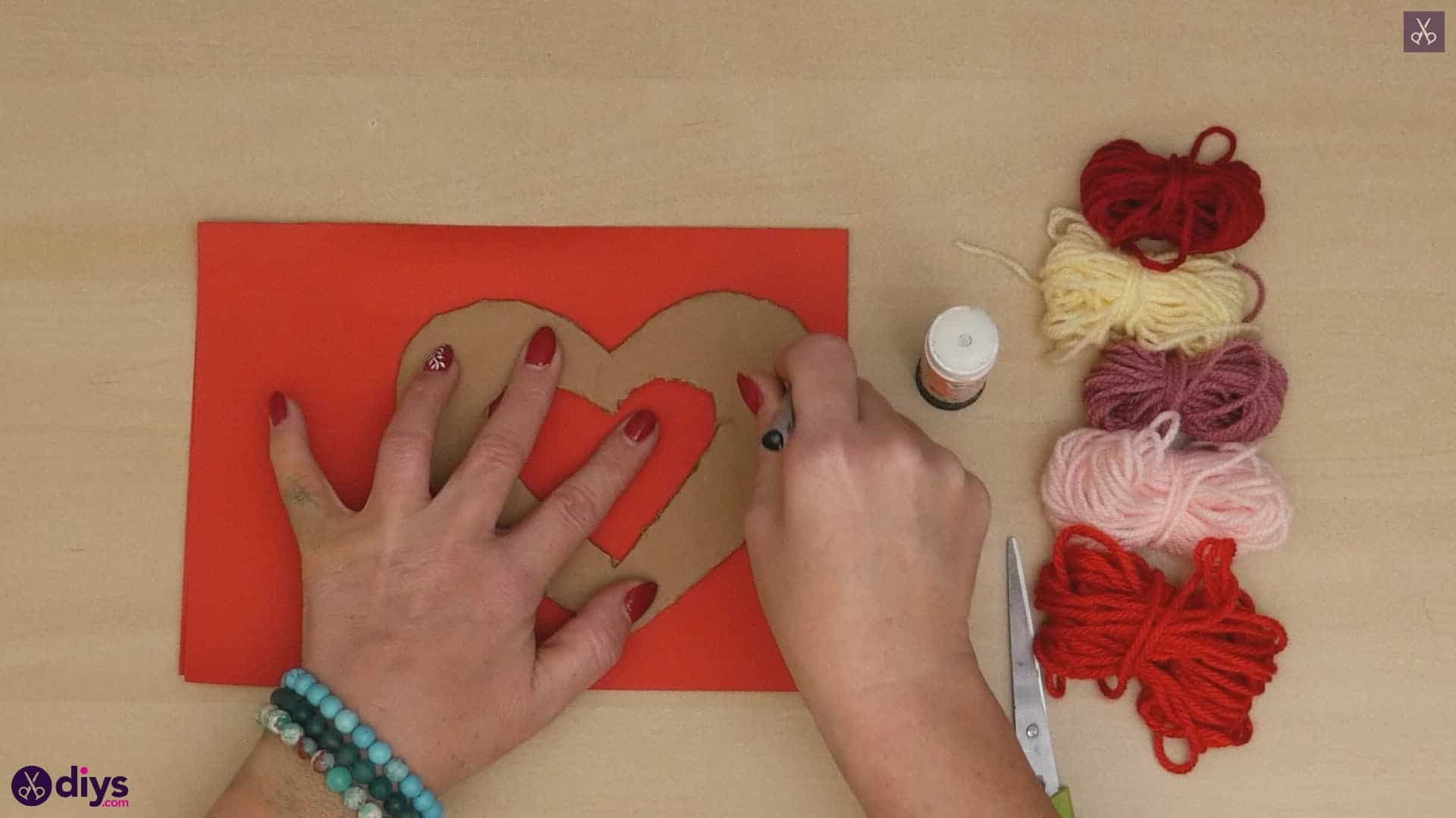 Diy yarn wrapped paper heart step 3