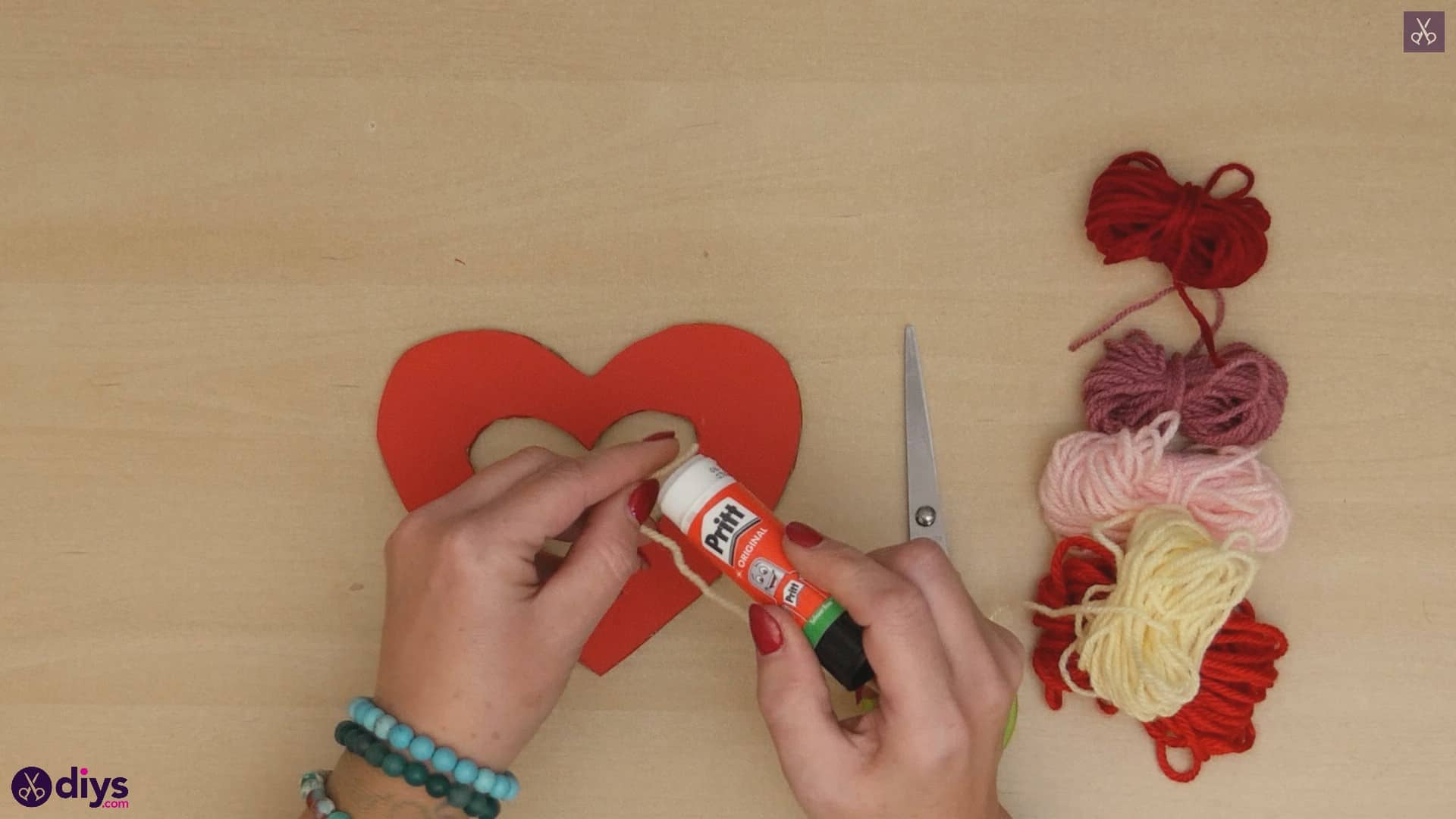 Diy yarn wrapped paper heart step 5