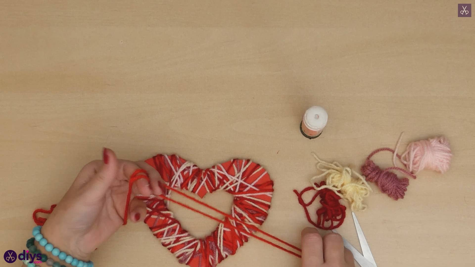 Diy yarn wrapped paper heart step 7a
