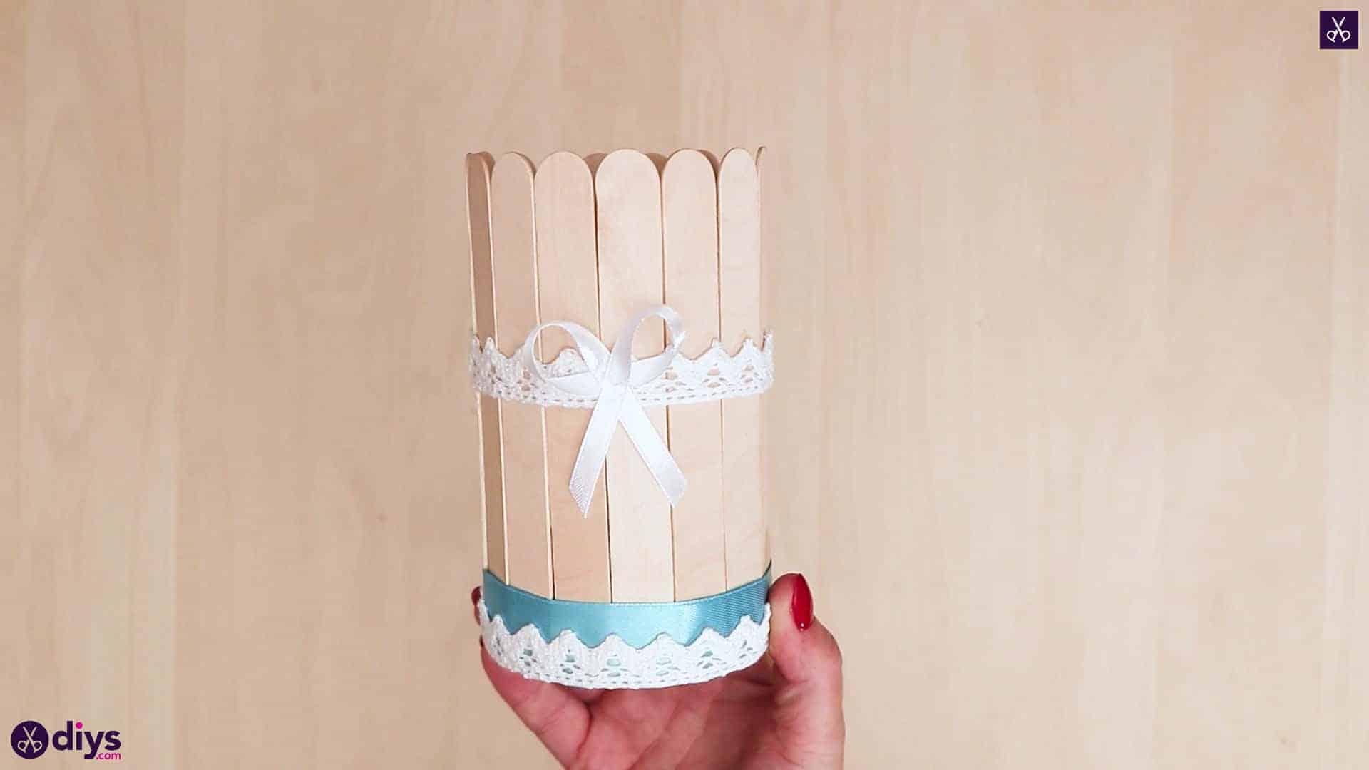 ظرف قلع پوشیده از ظروف چوبی بستنی زیبا