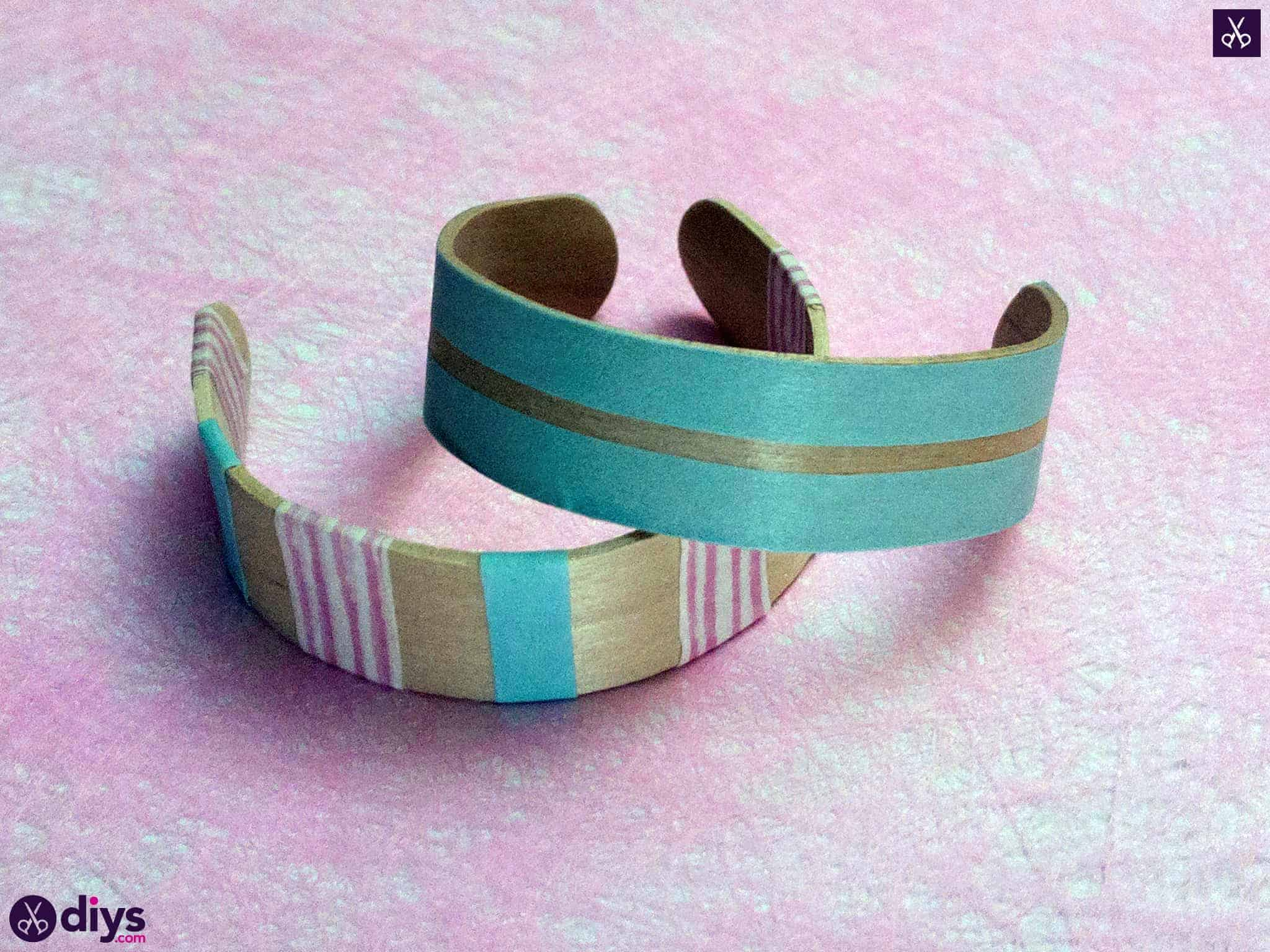 How to make a popsicle stick bracelet