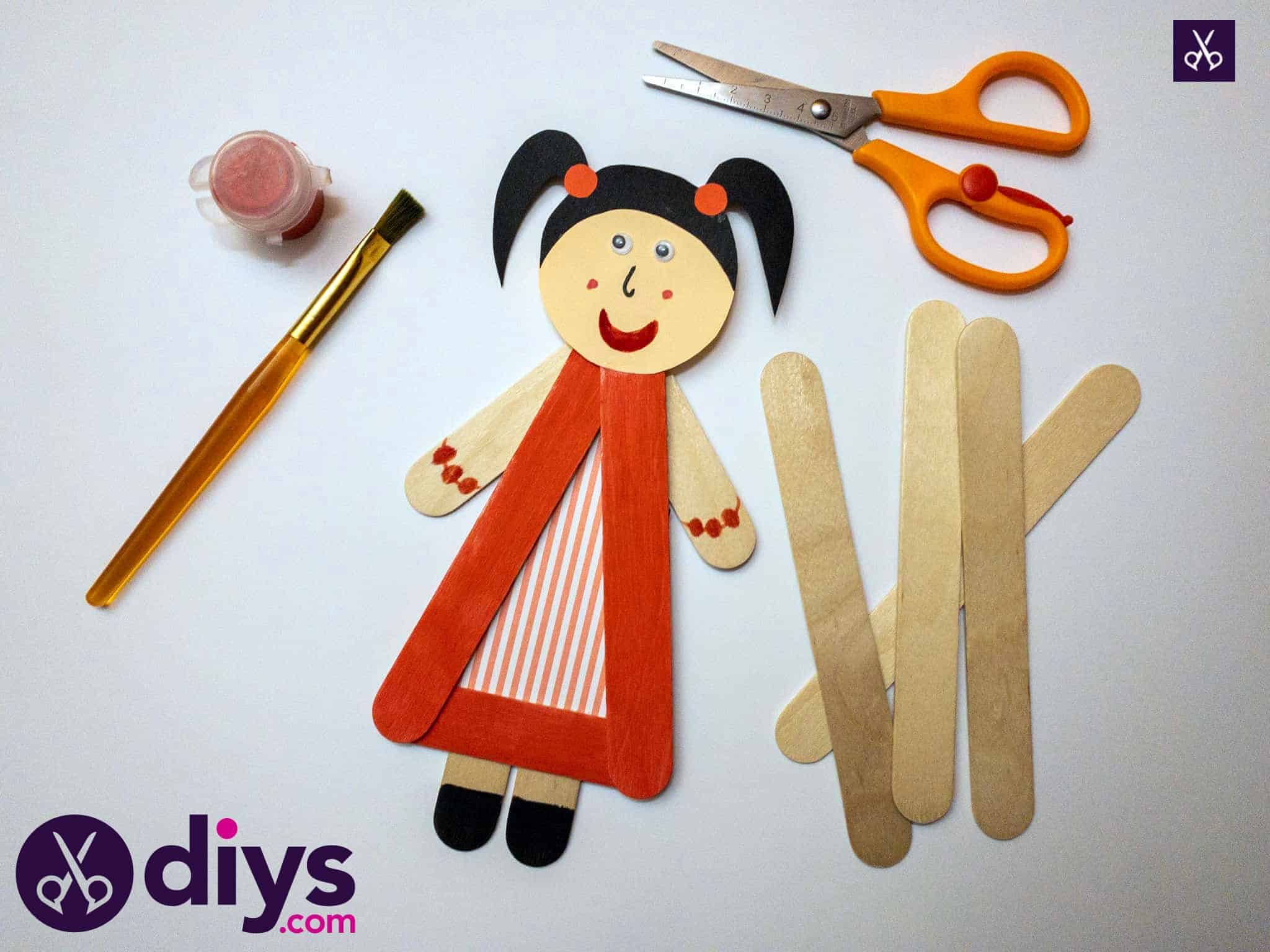 How to make a popsicle stick puppet
