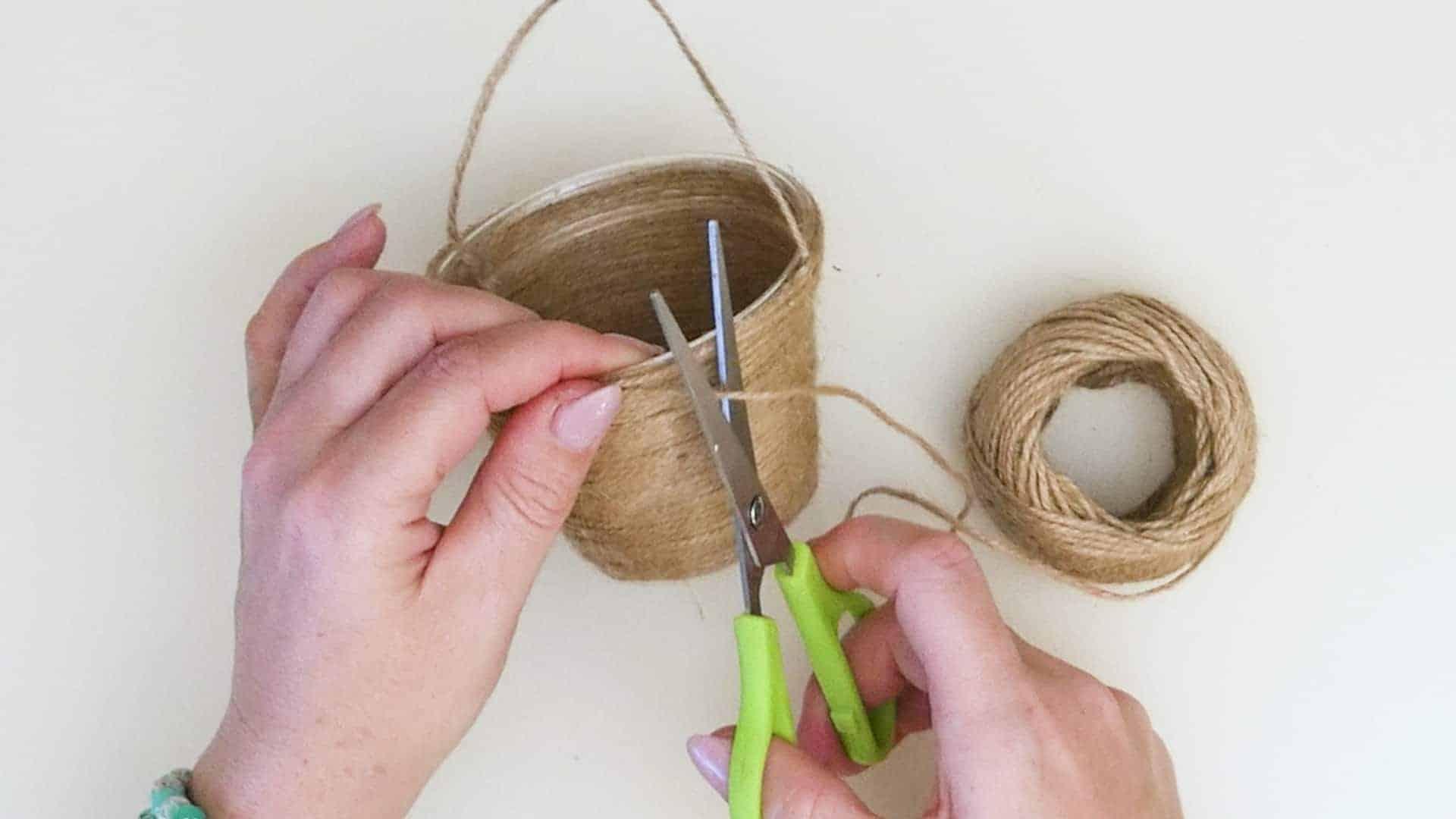 Mini jute wrapped basket cutting