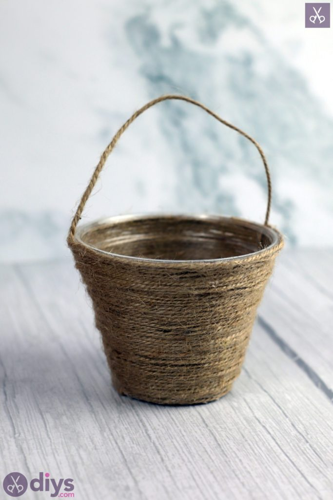 Mini jute wrapped basket diy