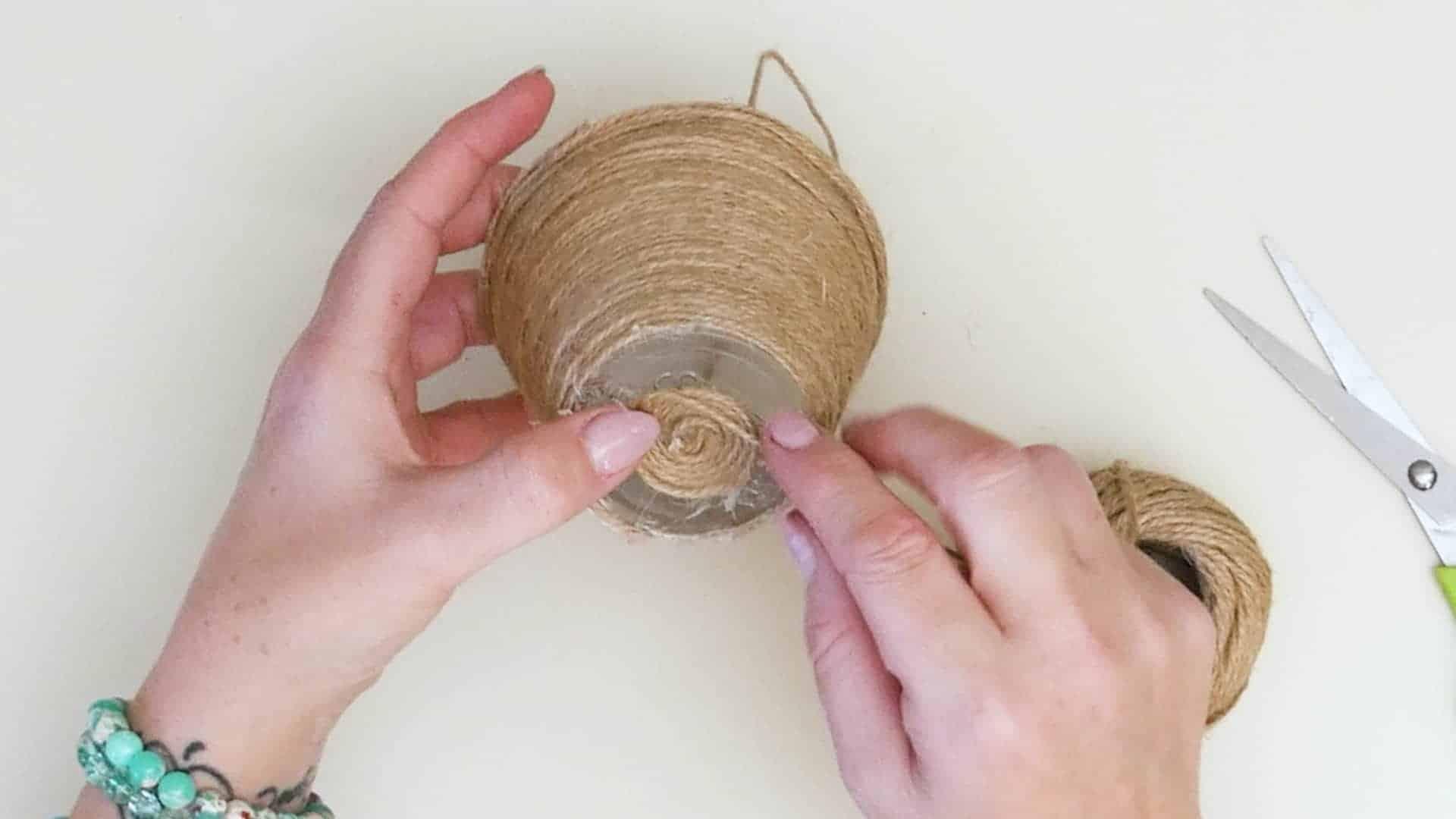 Mini jute wrapped basket step 3d