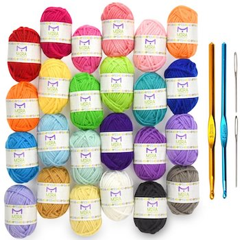 Mira handcrafts 24 acrylic yarn skeins with two yarn needles