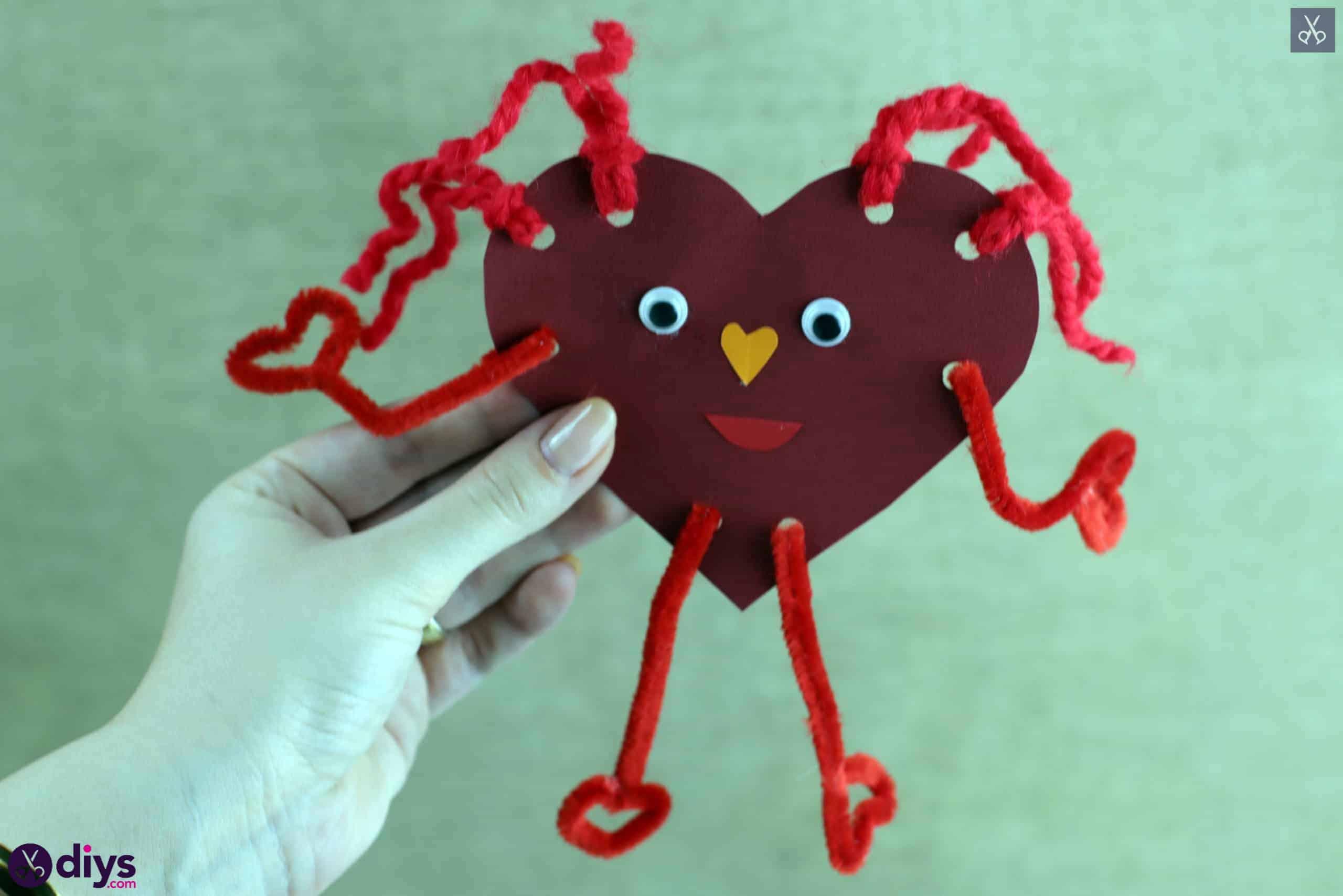 Paper valentine creature craft