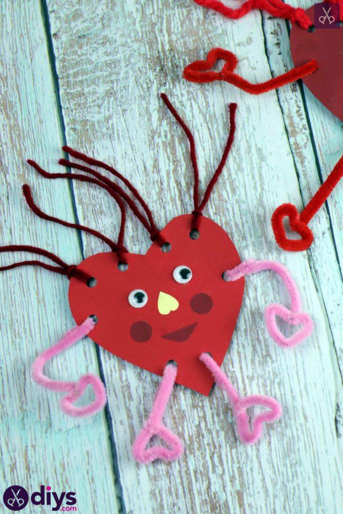 Paper valentine creature diy