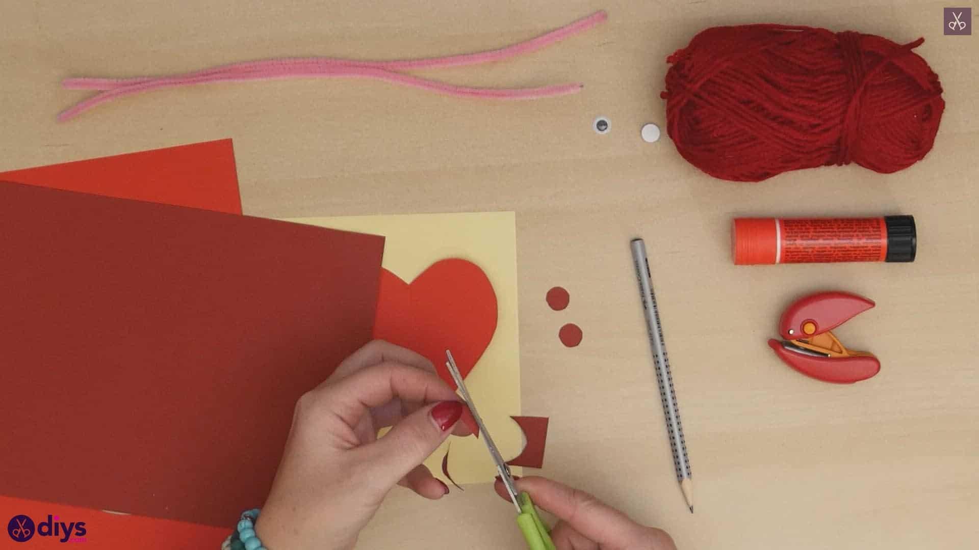 Paper valentine creature step 3b