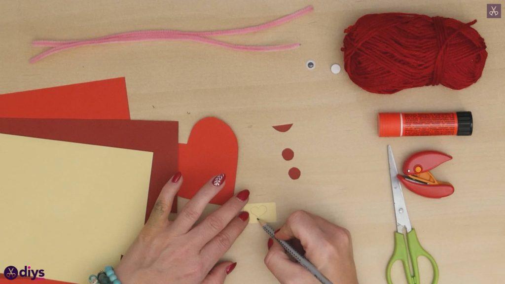 Paper valentine creature step 5a