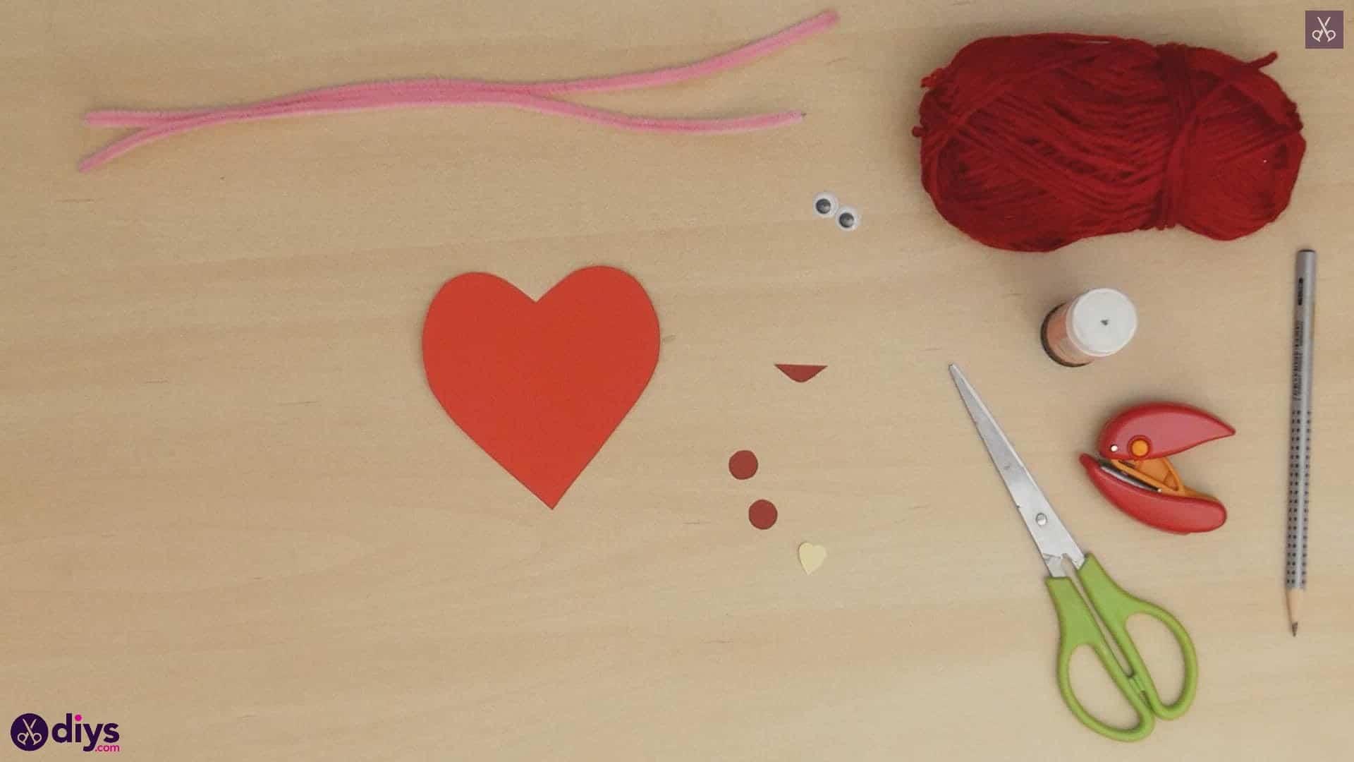 Paper valentine creature step 5c
